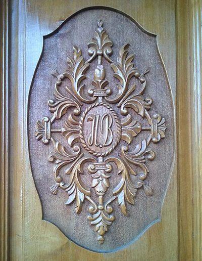 Drvena vrata duborez - detalj